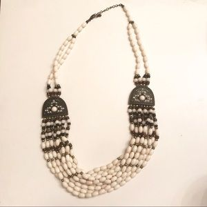 Jewelry - Beautiful Indian Beaded Necklace